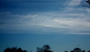 Kelvini-Helmholtzi lained kiudpilvedel - Cirrus fibratus fluctus (Ci fib flu) (foto: Ivo Aksli, 2011)