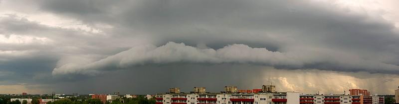 Rünksajupilv - Cumulonimbus arcus praecipitatio Cb arc prae) (foto: Ilme Parik, 2013)